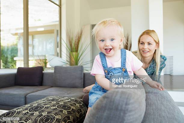 mother and daughter (12-23 months) at home - 12 23 months stock pictures, royalty-free photos & images