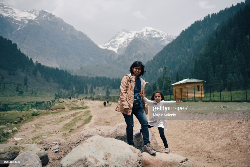27439e7e047e8 Mother And Daughter Enjoying Summer Vacation In Kashmir Stock Photo ...