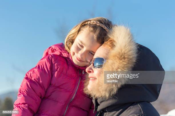 Mère et fille s'amuser