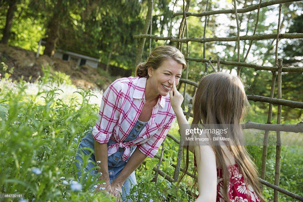 orgasm-girl-finds-lesbian-in-garden-photos-sexy-super-tight