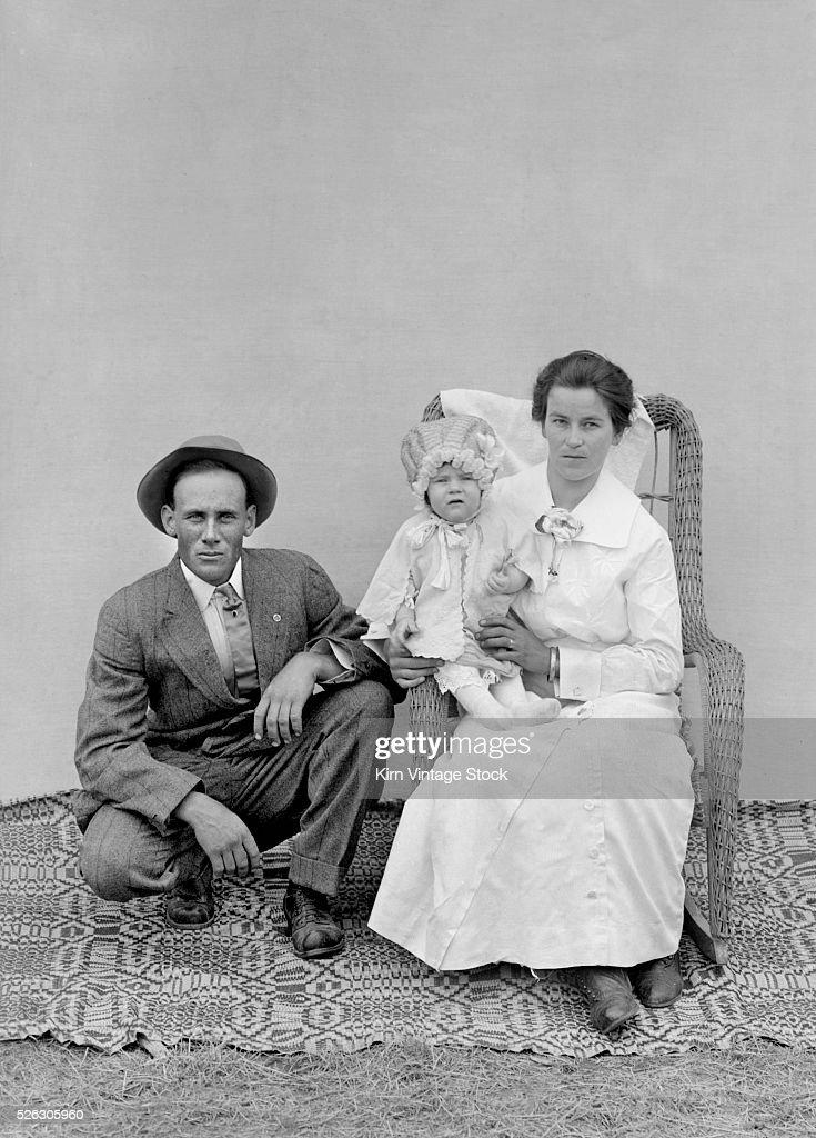 Family portrait in Missouri, ca. 1910 : News Photo