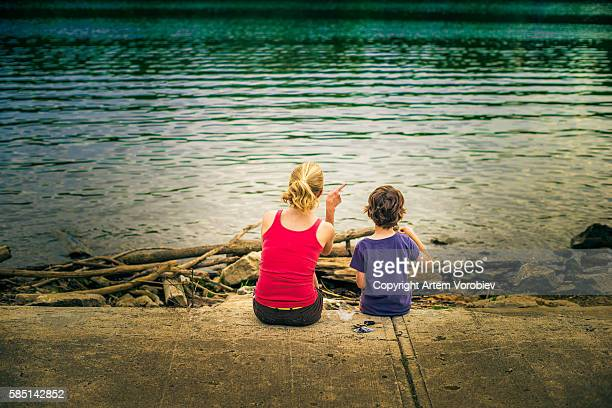 mother and son - columbus ohio stock pictures, royalty-free photos & images