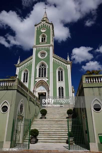 mother church of nossa senhora dos remedios in caxambu - marcelo nacinovic stock pictures, royalty-free photos & images