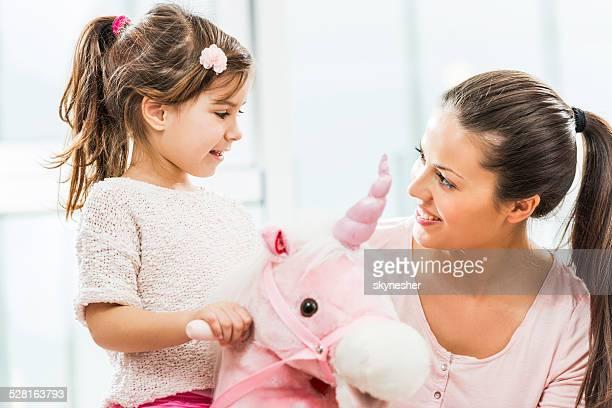 Mère avec sa fille en.