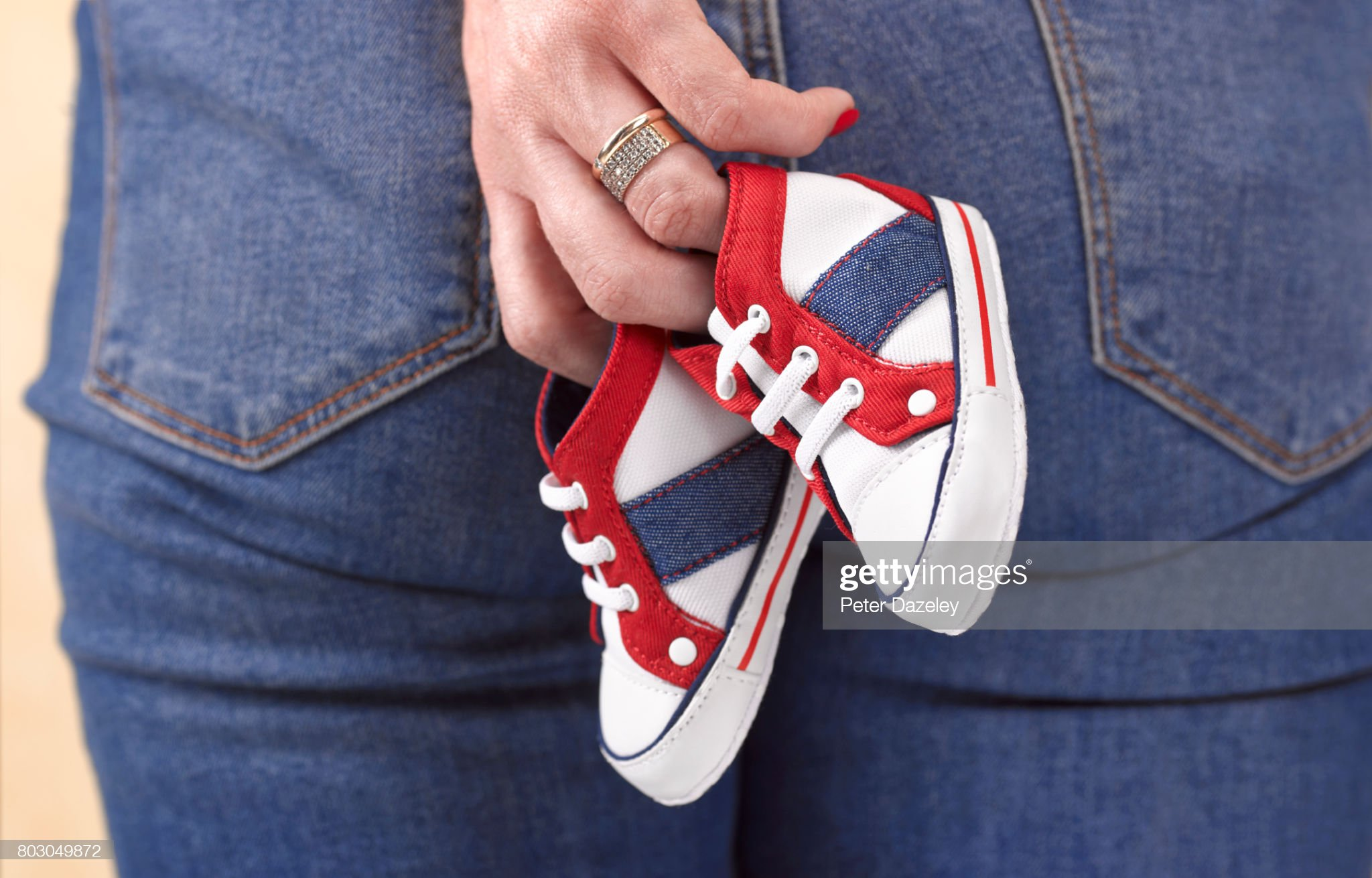 Mother miscarriage loss : Stock Photo