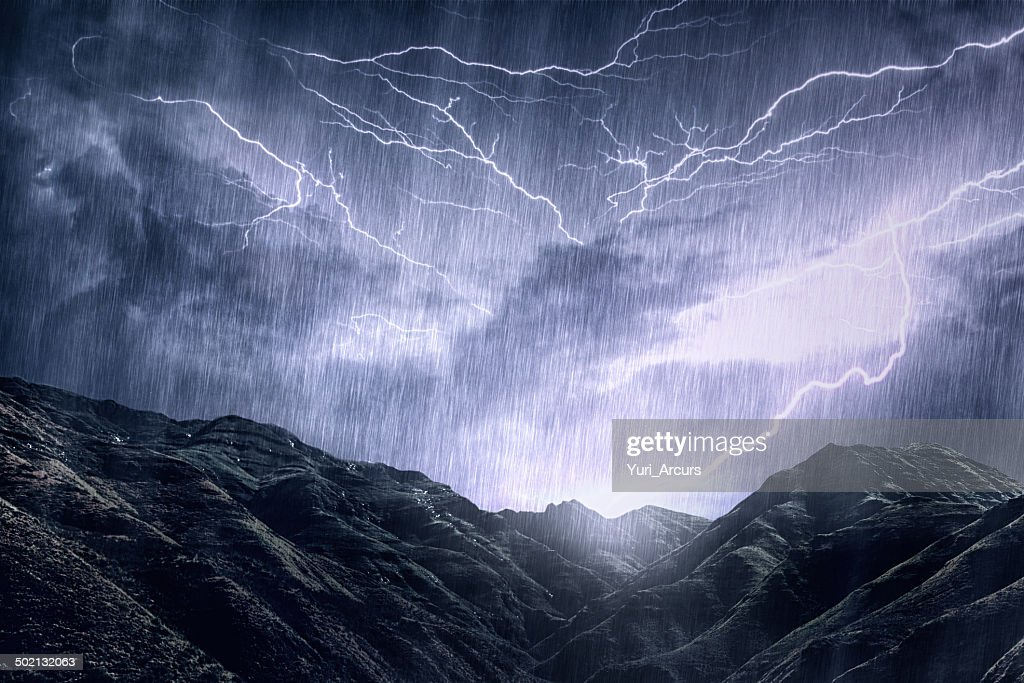 Mother Nature unleashes her rage : Stock Photo