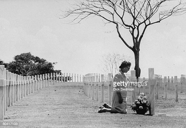 Mother of American soldier killed in Philippines visits son's grave