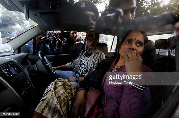 Mother of Nirbhaya arrives at Jantar Mantar to protest against the release of juvenile convict of the 16 December gangrape along with student...