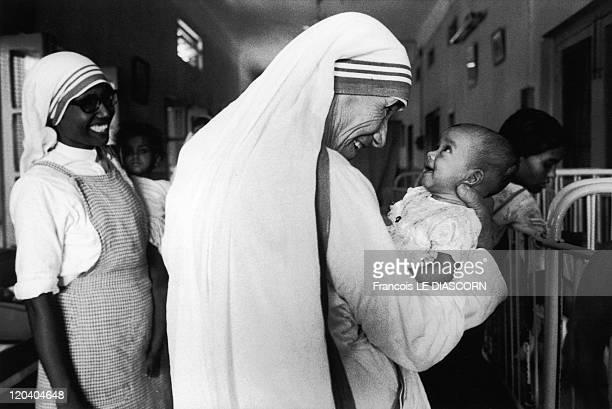 Mother Teresa in Calcutta India in 1981