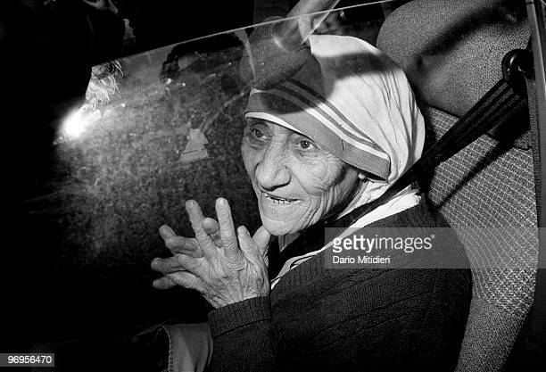 Mother Teresa leaving Downing Street where she met Prime Minister Margaret Thatcher, London, UK, 1988.