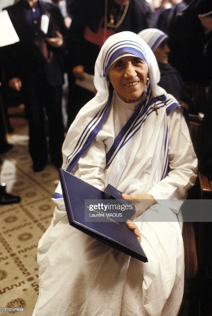 Mother Teresa, Nobel Peace in Oslo, Norway on December 11, 1979. : News Photo