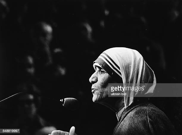 Mother Teresa, Nun, Albania at the Nobel Peace Price award in Oslo
