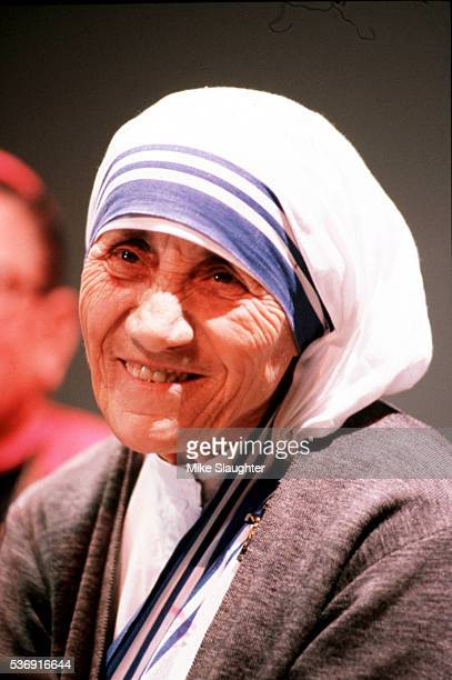 Mother Teresa Published 19820531 A04 with caption Mother Teresa The smiling nun had time for children and a message for everybody yesterday
