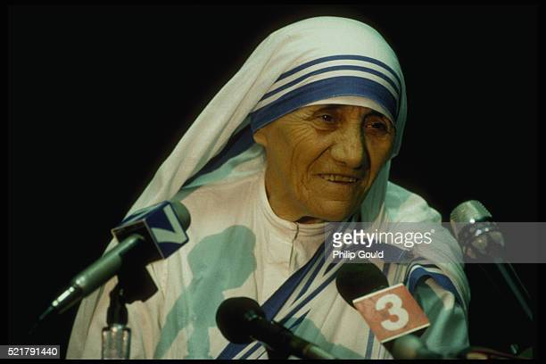 Mother Teresa Speaks to the Public