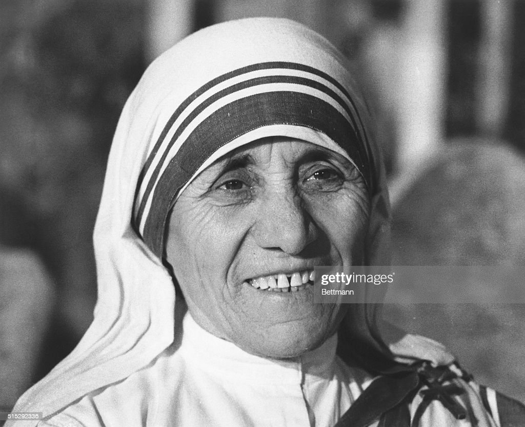 Mother Teresa (Agnes Gonxha Boyaxihu) who came from India and knelt before Pope Paul in the Vatican's Clementine Hall to receive the first Pope John XXIII peace prize, a statue of the Madonna and 10,000 pounds. She was given the prize for 26 years of helping destitute street dwellers, lepers and slum children in Calcutta.