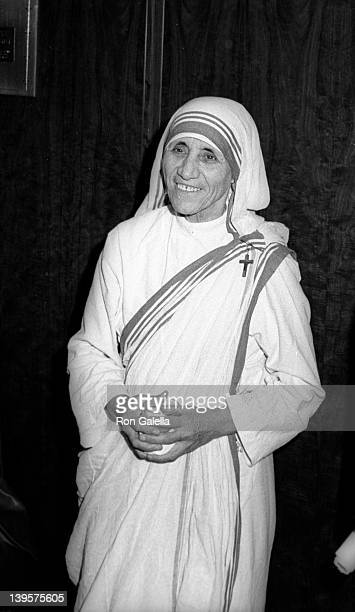 Mother Theresa attends Joseph Kennedy Jr Foundation International Symposium on Human Rights Retardation and Research on October 16 1971 at the...