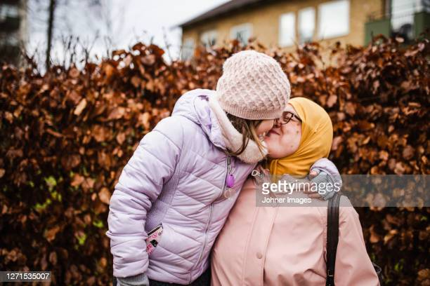 mother with daughter together - västra götaland county stock pictures, royalty-free photos & images