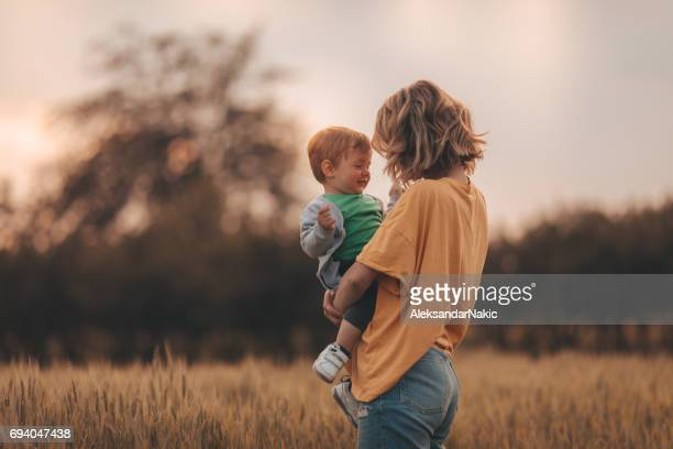 motherhood - mother's day stock pictures, royalty-free photos & images
