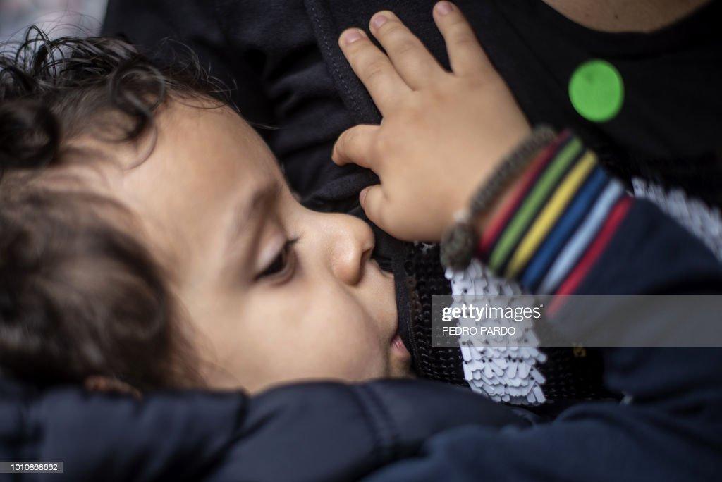 MEXICO-HEALTH-BREASTFEEDING-DEMO : News Photo