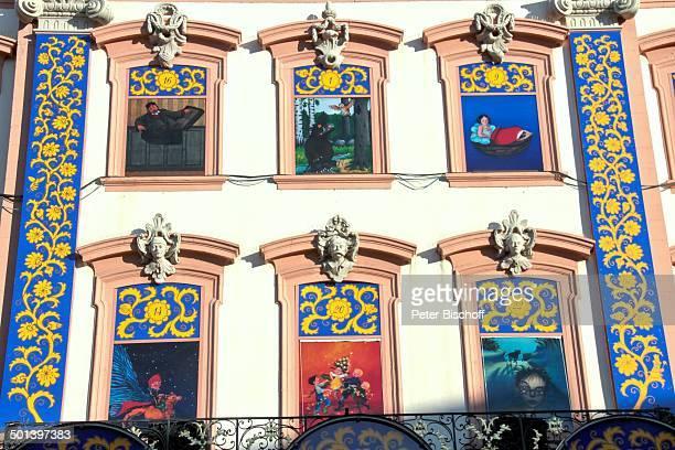 Motive Das Grüffelo Däumelinchen Das Sams Pippi Langstrumpf Harry Potter Größter Adventskalender der Welt am Heiligabend Rathaus von Gengenbach mit...