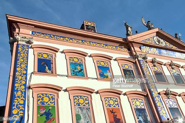 Motive Das Grüffelo Däumelinchen Das Sams Rapunzel Pippi Langstrumpf Bären Brüder Größter Adventskalender der Welt am Heiligabend Rathaus von...