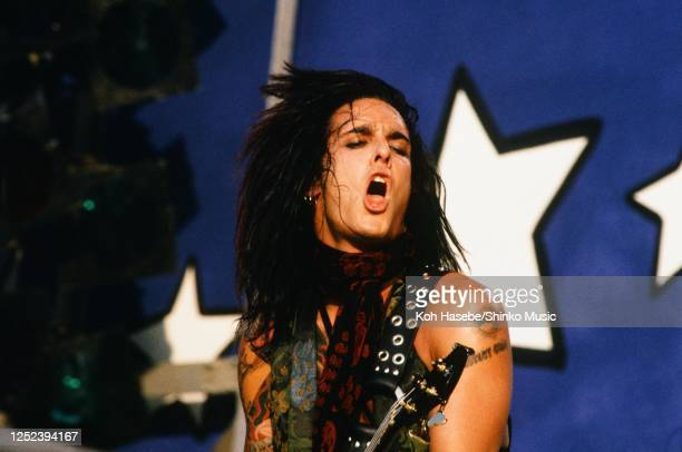 Motley Crue, live, Moscow Music Peace Festival 1989 at Luzhniki Stadium, Moscow, USSR, 12th and 13th August, 1989. Nikki Sixx .