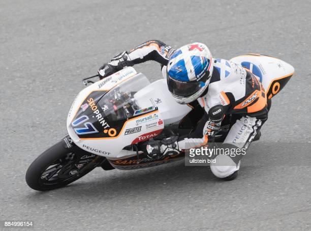 Moto3 Fahrer John Mcphee Grossbritannien Peugeot waehrend des Trainings beim MotoGP auf dem Sachsenring in HohensteinErnstthal Deutschland...