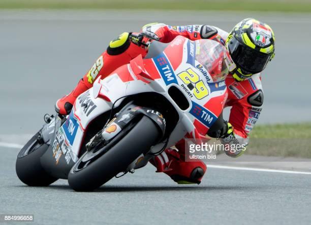 MotoGP Fahrer Andrea Iannone Italien Ducati waehrend des Trainings beim MotoGP auf dem Sachsenring in HohensteinErnstthal Deutschland Deutschland...
