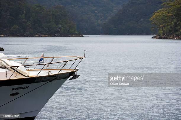 Motor boat at Akuna Bay, Coal and Candle Creek.