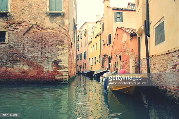 motor boats on canal - zinchenko stock pictures, royalty-free photos & images