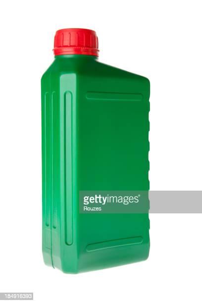 Huile moteur bouteille isolé