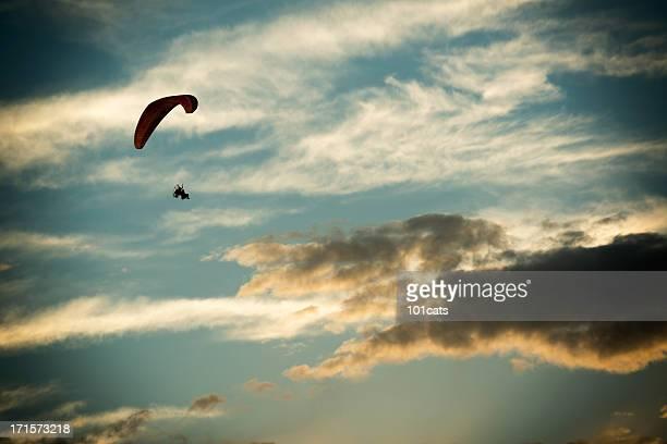motore parapendio al largo - aereo ultraleggero foto e immagini stock