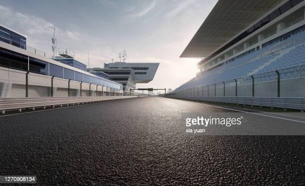 motor racing track - pista sportiva foto e immagini stock