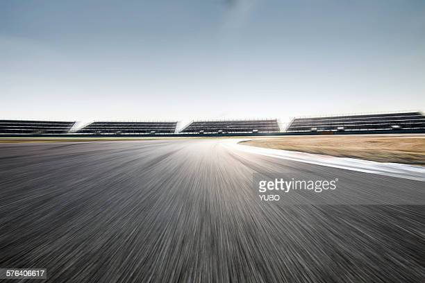 motor racing track - sports track stock pictures, royalty-free photos & images