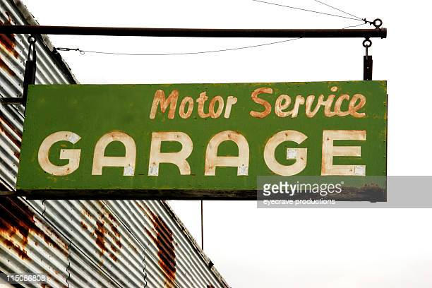 motor service garage - auto repair shop exterior stock pictures, royalty-free photos & images