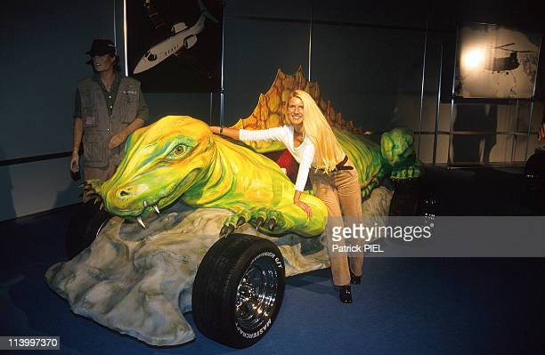 Motor show at Essen Germany on November 28 1997Dinosaure