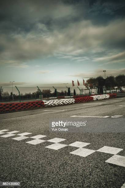 motor speedway starting line - motor racing track stock pictures, royalty-free photos & images