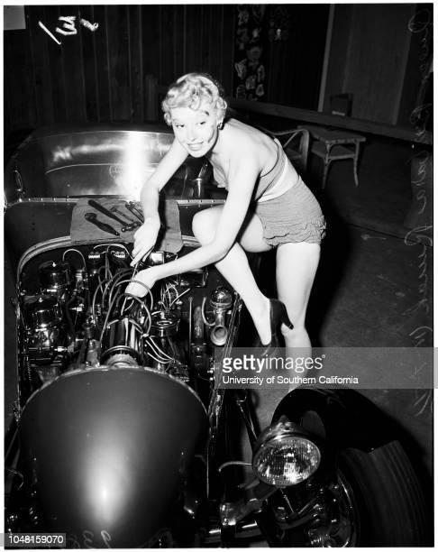 Motorama Show at Pan Pacific 07 November 1951 Carol Cameron 18 years June Lyden 18 years Barbara Ruick 19 years Phyllis Avedon Caption slip reads...