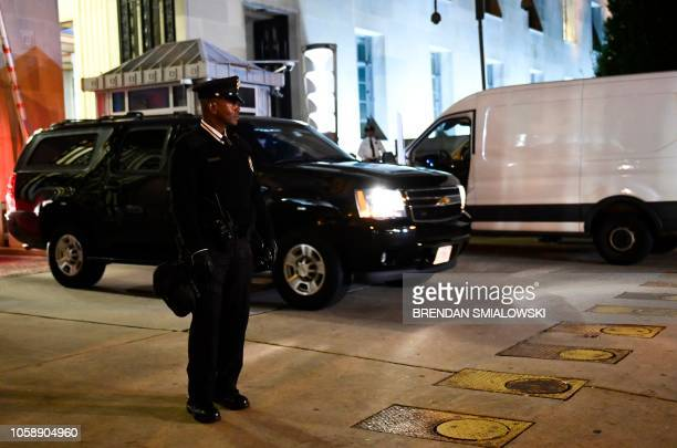 Motorcade carrying departing US Attorney General Jeff Sessions leaves the Department of Justice building in Washington, DC on November 7, 2018. - The...