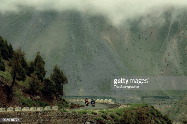 motorcycle diaries, manali - leh highway - the storygrapher stock pictures, royalty-free photos & images