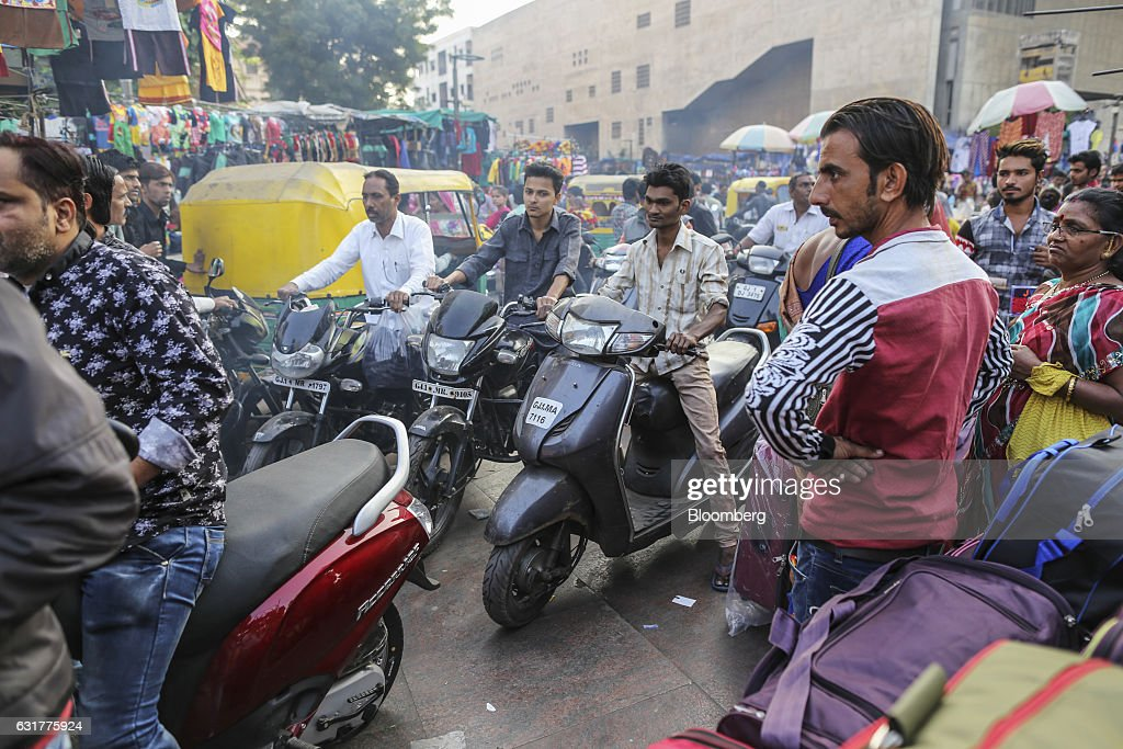 General Images Of Markets In Ahmadabad Ahead Of GST Council Meeting : News Photo