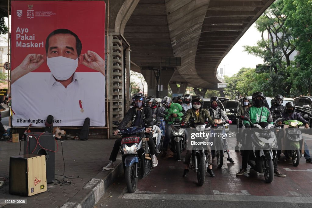 Views of Bandung as Indonesia Becomes Testing Ground for Chinese Virus Vaccine : News Photo