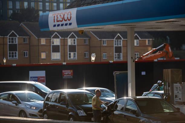 GBR: Queues And Closures At British Petrol Stations Amid Haulier Shortage