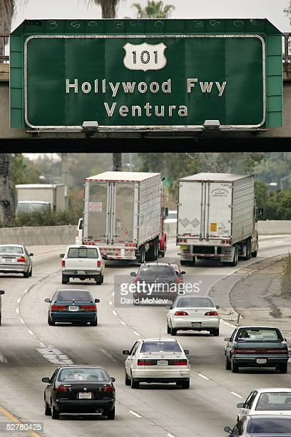 Motorists travel the 101 freeway on May 9 2005 in Los Angeles California Traffic congestion is worsening nationwide and Los Angeles and San Francisco...