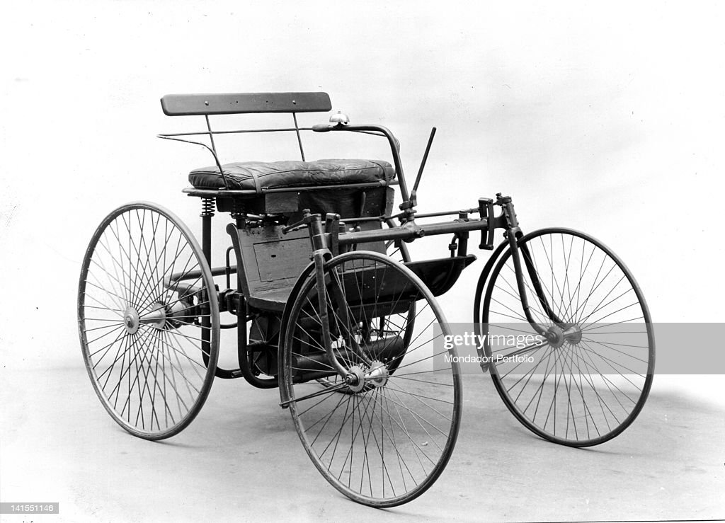 Gottlieb Daimler\'S Motorized Carriage Pictures | Getty Images