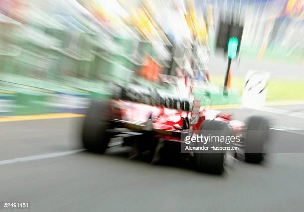 Motorsport / Formel 1 GP von Australien 2004 Melbourne Michael SCHUMACHER / GER Ferrari 060304