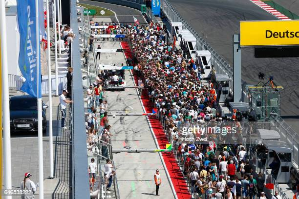 Motorsports / DTM 5 race Moskau Moscow Raceway pit walk