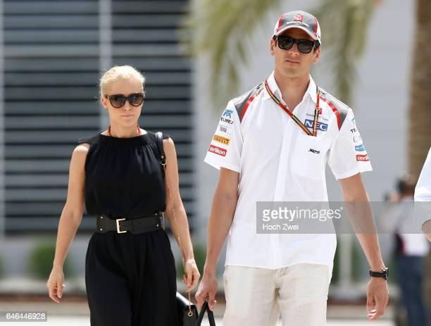FIA Formula One World Championship 2014 Grand Prix of Bahrain #99 Adrian Sutil and his girlfriend Jennifer Becks