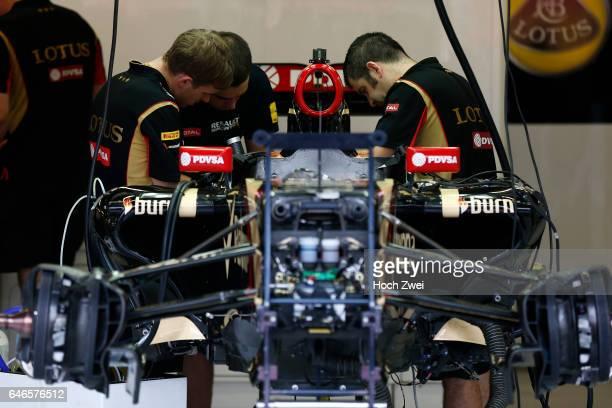 FIA Formula One World Championship 2014 Grand Prix of Singapore garage of Lotus F1 Team mechanic