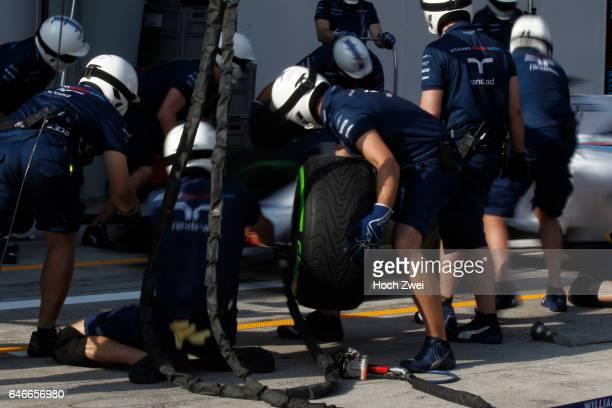 FIA Formula One World Championship 2015 Grand Prix of Malaysia pit stop training Williams Martini Racing